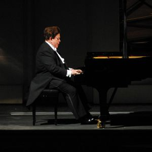 Piano contests and scholarships at WKMT