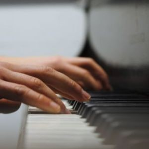 Piano lessons in London that help your health