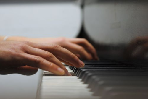 Be healthy, take piano lessons in London