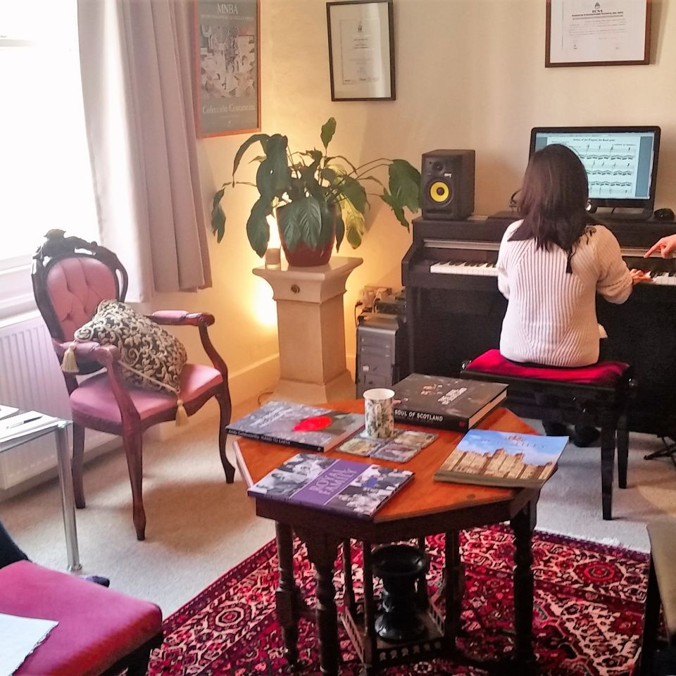 Piano teacher Jobs