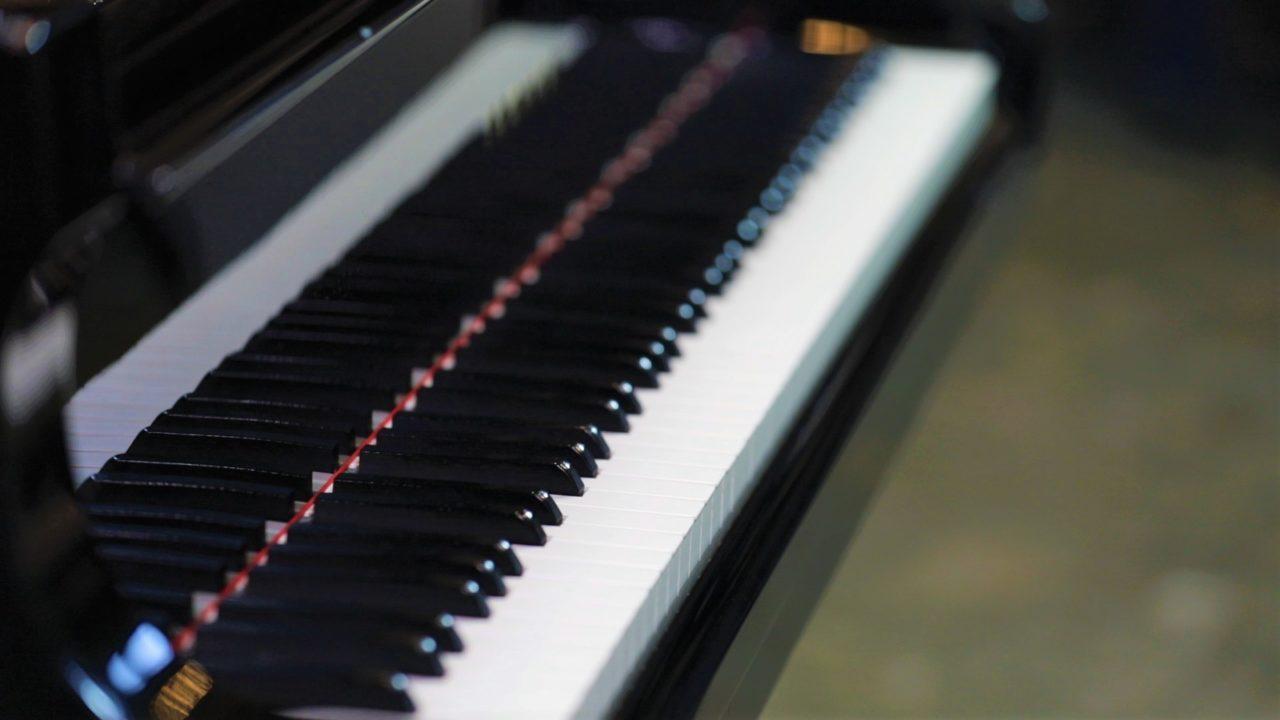 Piano training towards Grades