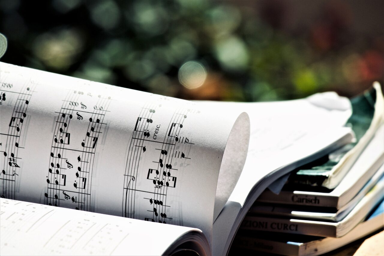 Do you know how to sight-read a piano score?